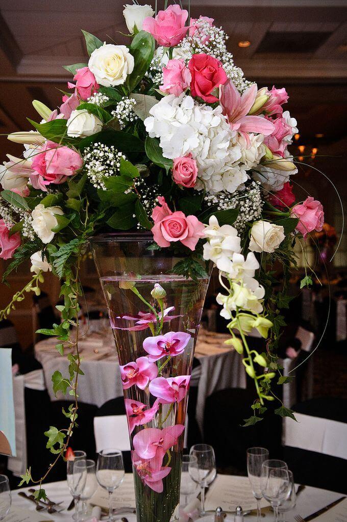 buchet flori nunta pe masa