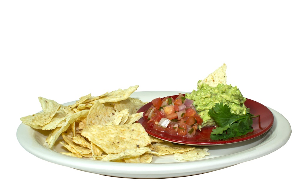 mexican-guacamole-and-chips_MyGP5DK_