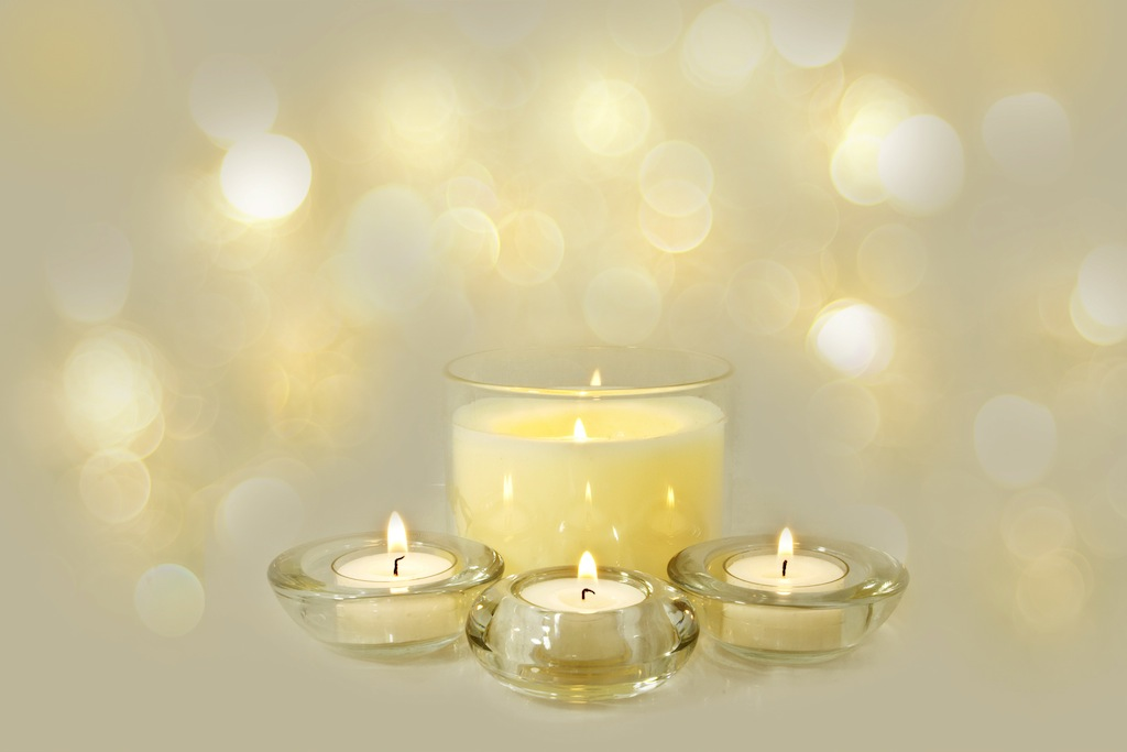 christmas-decorative-candles_fyCTHwtO